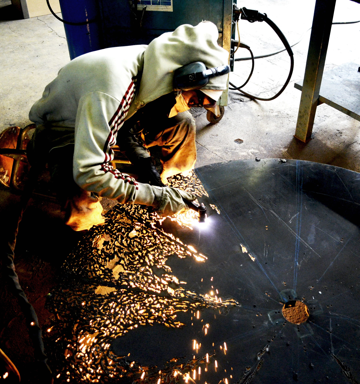 Time machine caroline brisset sculpture metal - Metal a la decoupe ...